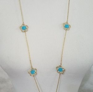 Bohème flower motif long golden color necklace